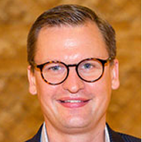 Associate Professor Dan Puchniak