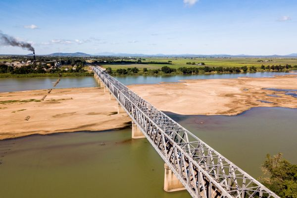 Burdekin river bridge image